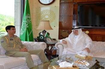سکرتیر رئیس وزراء باکستان للشوٴون العسکریة یجتمع بسفیر السعودیة لدی اسلام آباد