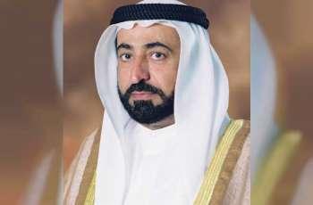 سلطان القاسمي يصدر مرسوما بإلحاق جائزة الشارقة لأطروحات الدكتوراة في العلوم الإدارية في الوطن العربي بجامعة الشارقة