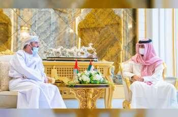 ولي عهد عجمان يستقبل السفير العماني
