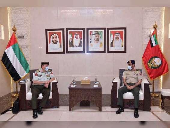 وزارة الدفاع تبحث آفاق التعاون في مجال الصناعات العسكرية مع الأردن