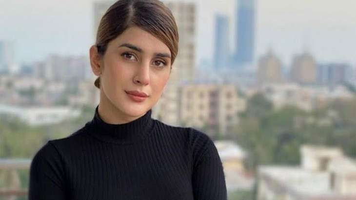 Kubra Khan says they use real guns, heavy weights on the sets of Sinf-e-Aahan