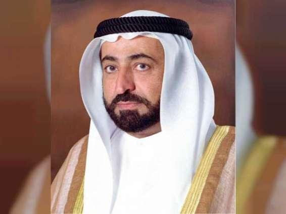 حاكم الشارقة يهنئ خادم الحرمين الشريفين باليوم الوطني الـ 91 للمملكة