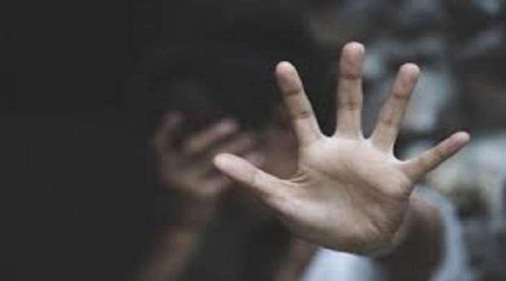 فتاة قاصر تتعرض للاغتصاب علی أیدی 33 رجلا فی الھند