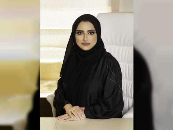 """""""دبي للمرأة"""" تنظم الاجتماع الثالث للموظفات المشاركات في برنامج الإرشاد المهني"""