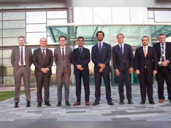 وزير الاقتصاد يزور موقع ميناء بوابة لندن التابع لموانئ دبي العالمية
