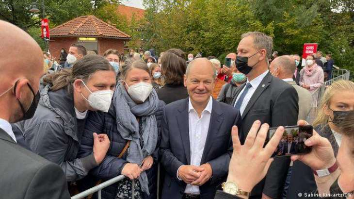 Nearly Half of Germans Prefer SPD's Nominee Scholz as New Chancellor - Poll