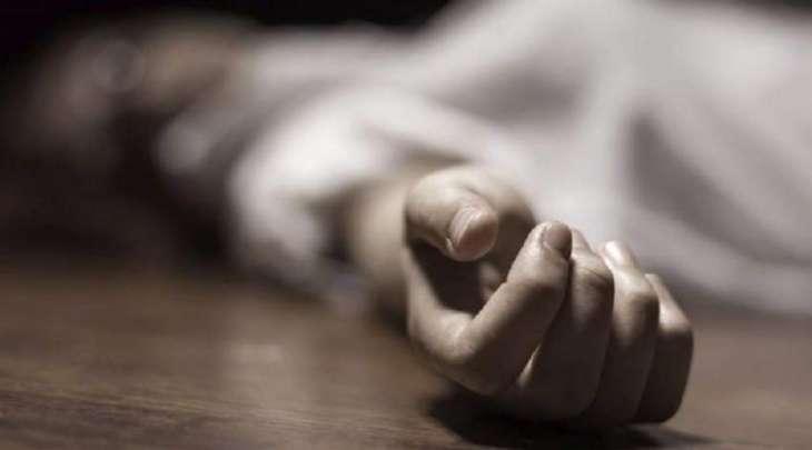 مقتل فتاة علی أیدی أشقاء بمساعدة ابن عمھم بتھمة الشرف