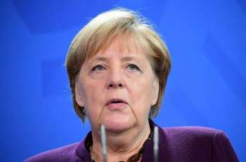 Merkel Proposes to Discuss Economic Impact of Fossil Fuel Phaseout Within G20