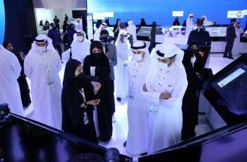 """جناح حكومة أبوظبي يشهد إطلاق مشاريع رقمية مبتكرة وتوقيع اتفاقيات جديدة خلال """"جيتكس 2021"""""""